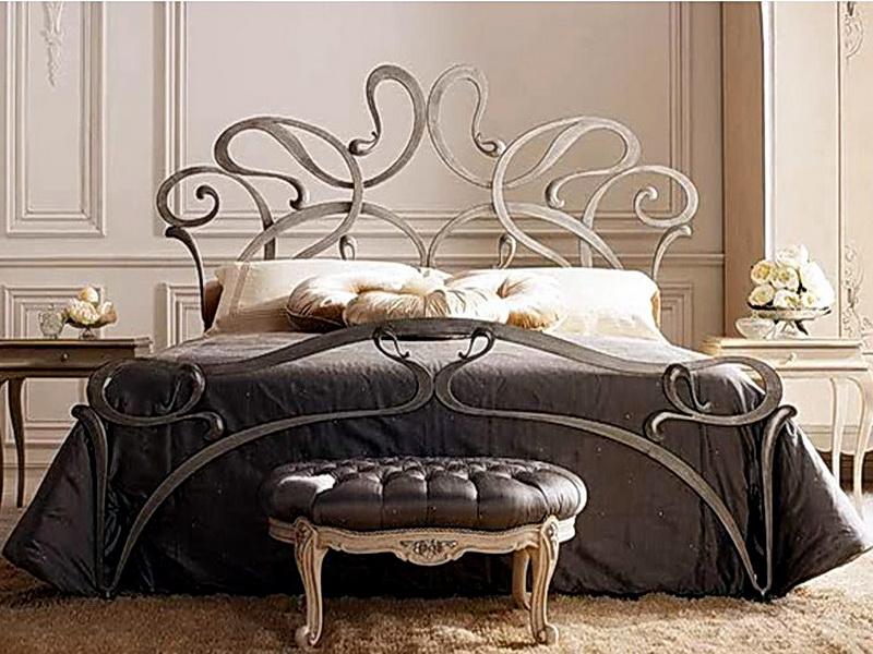 Кованая кровать N 10613