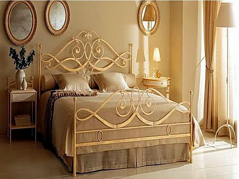 Кованая кровать N 10617