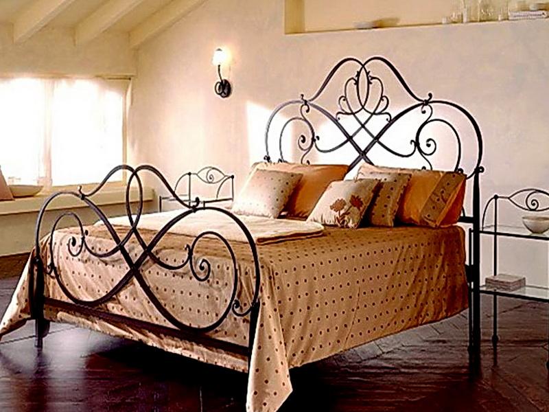 Кованая кровать N 10626