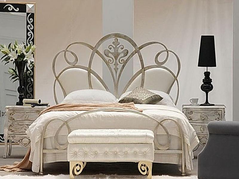 Кованая кровать N 10627