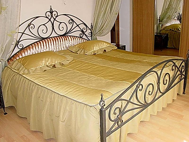 Кованая кровать N 10628
