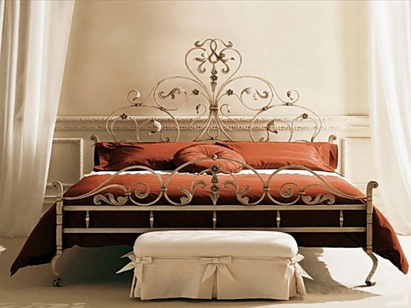 Кованая кровать N 10630