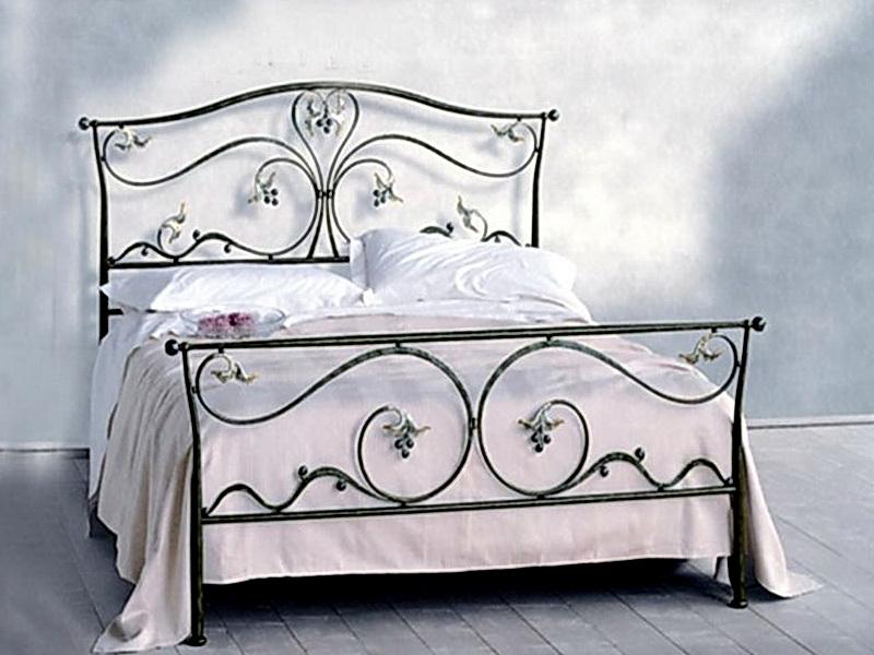 Кованая кровать N 10632