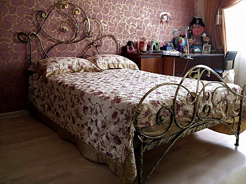 Кованая кровать N 10633
