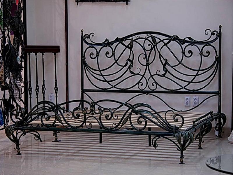 Кованая кровать N 10635