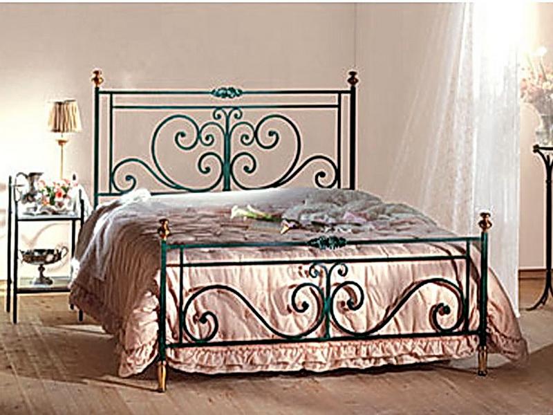 Кованая кровать N 10636