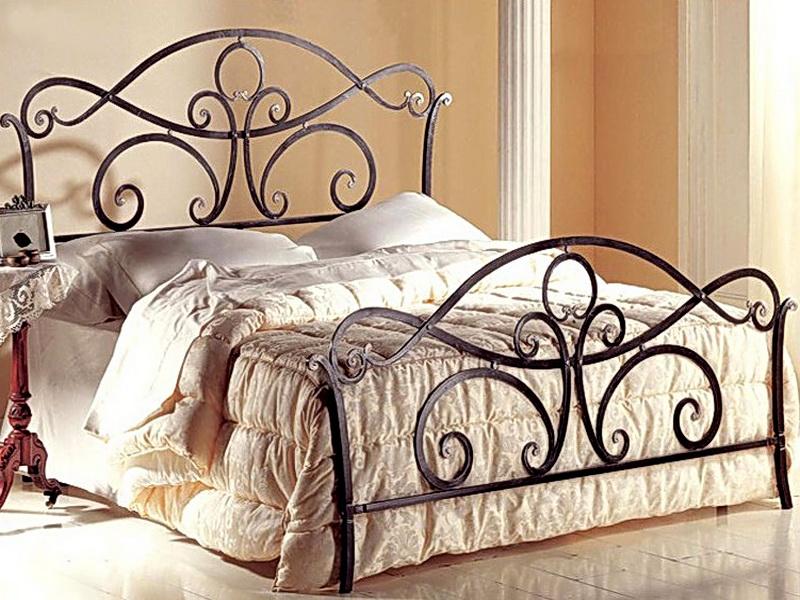 Кованая кровать N 10639
