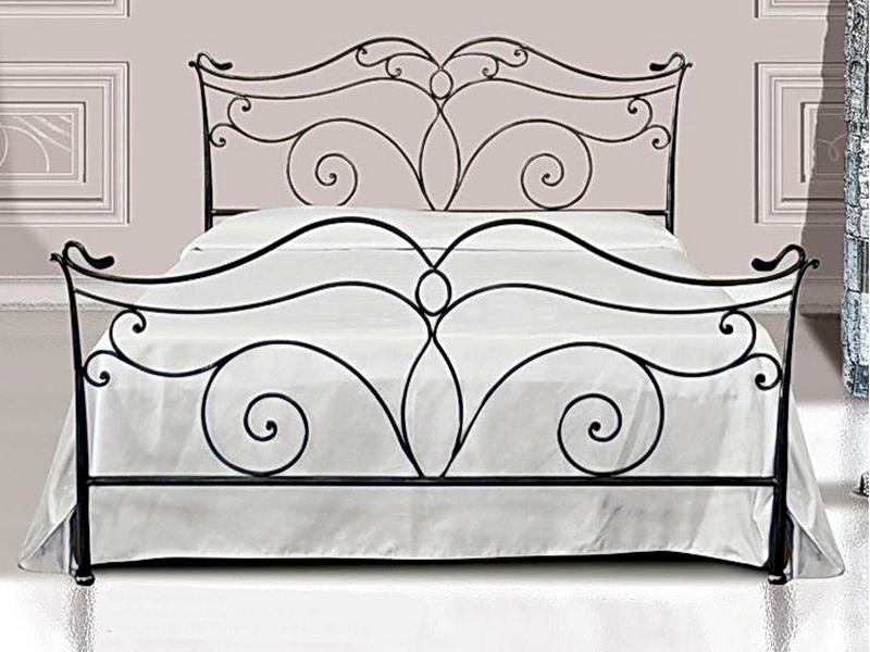 Кованая кровать N 10643