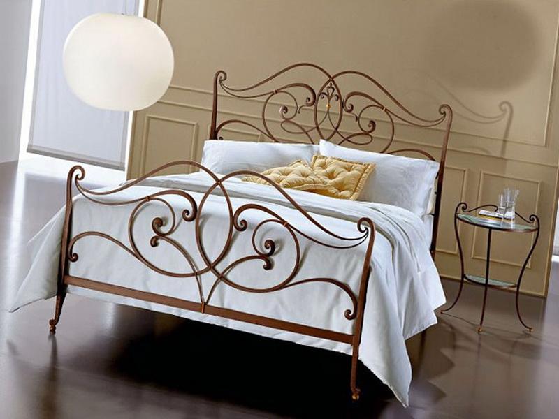 Кованая кровать N 10644