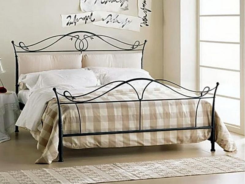 Кованая кровать N 10645
