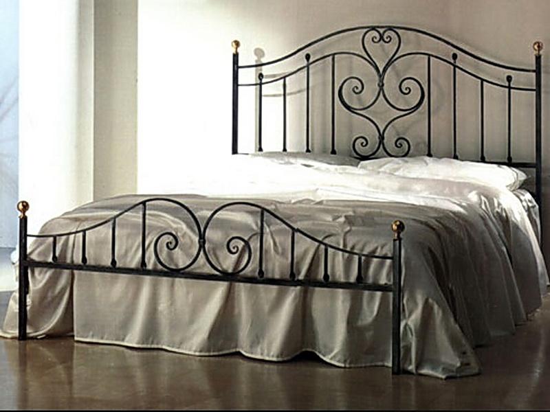 Кованая кровать N 10651