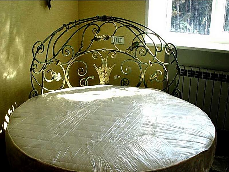 Кованая кровать N 10652