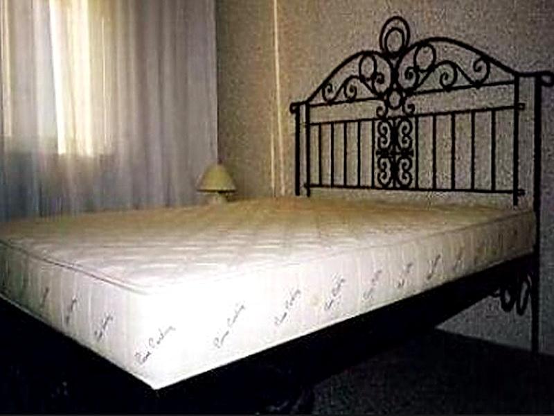 Кованая кровать N 10662