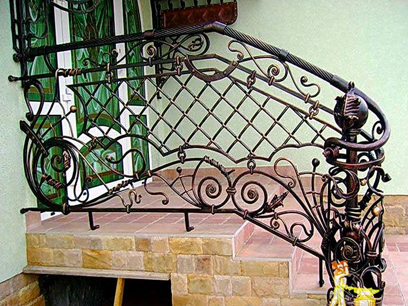 Кованые лестничные ограждения N 4-4001
