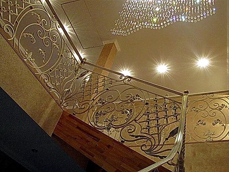 Кованые лестничные ограждения N 4-4002