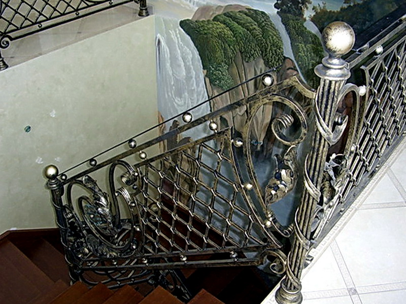 Кованые лестничные ограждения N 4-4007