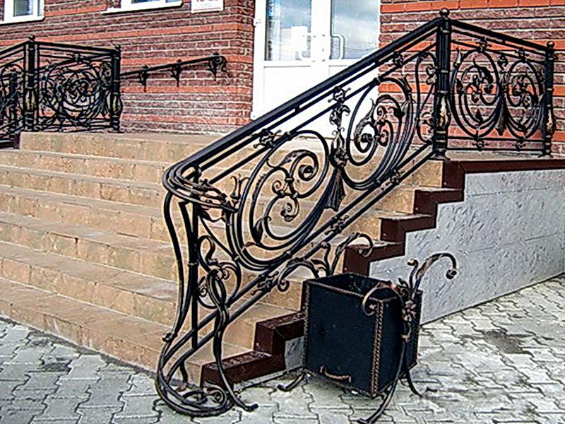 Кованые лестничные ограждения N 4-4013