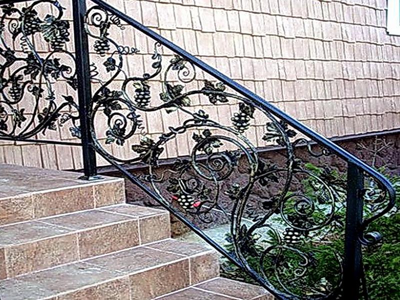 Кованые лестничные ограждения N 4-4014