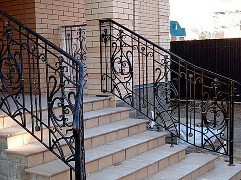 Кованые лестничные ограждения N 4-4018