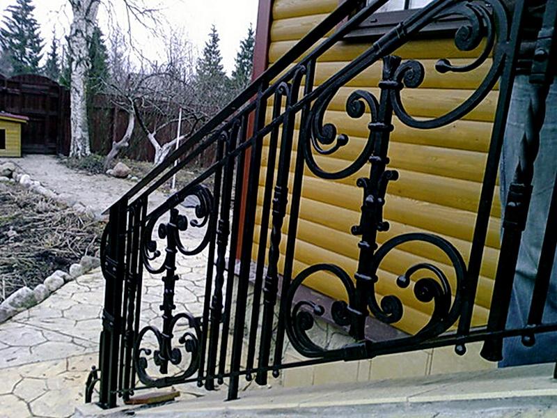 Кованые лестничные ограждения N 4-4020