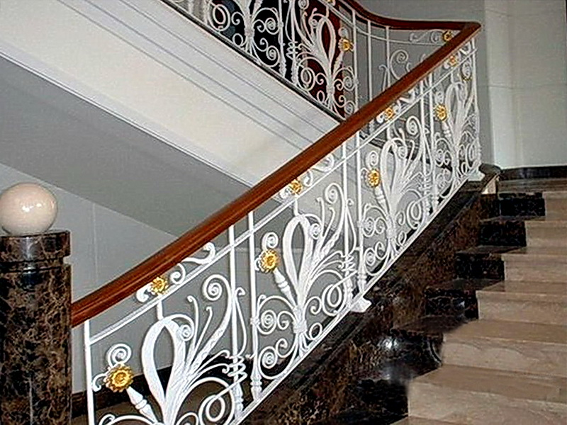Кованые лестничные ограждения N 4-4023