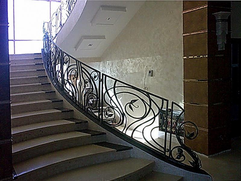 Кованые лестничные ограждения N 4-4025