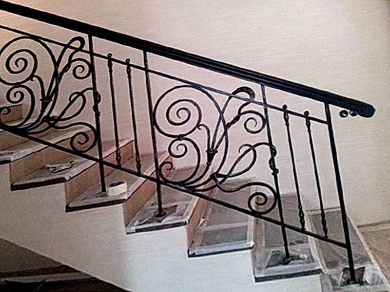 Кованые лестничные ограждения N 4-4026