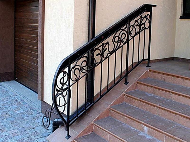 Кованые лестничные ограждения N 4-4027