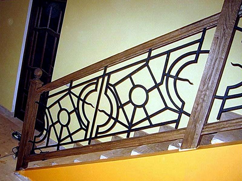 Кованые лестничные ограждения N 4-4028