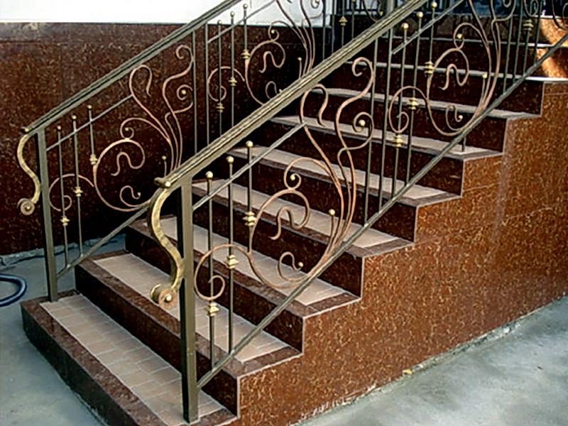 Кованые лестничные ограждения N 4-4032