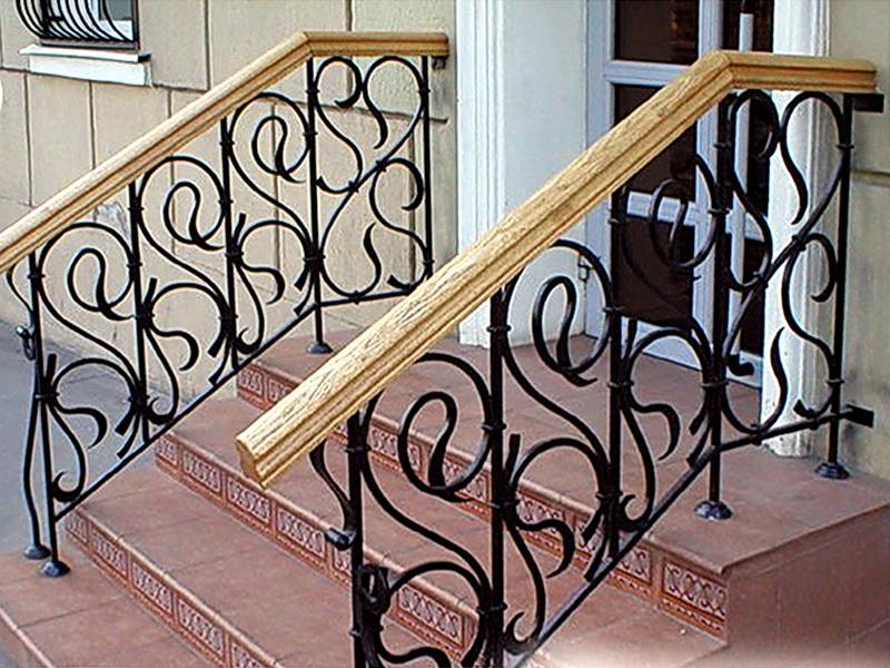 Кованые лестничные ограждения N 4-4042