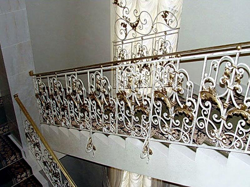 Кованые лестничные ограждения N 4-4047