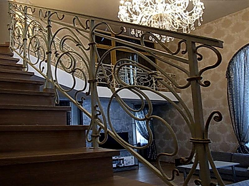 Кованые лестничные ограждения N 4-4054
