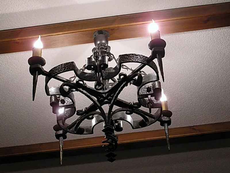 Кованая люстра, светильник N 10129