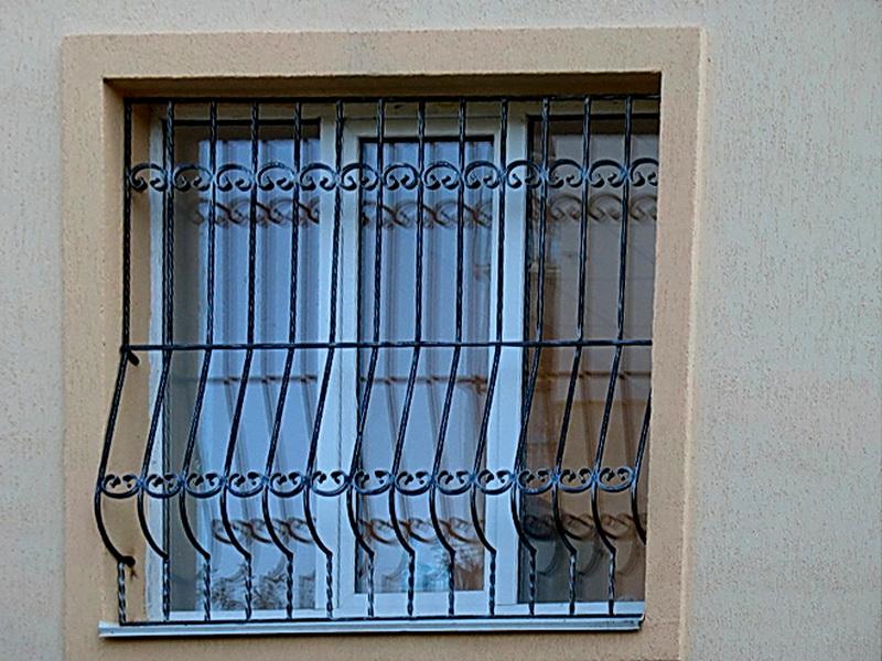 Кованые оконные решетки N 7014