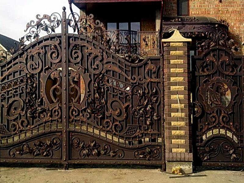 Кованые откатные ворота N 1-1019