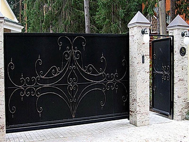 Кованые откатные ворота N 1-1022