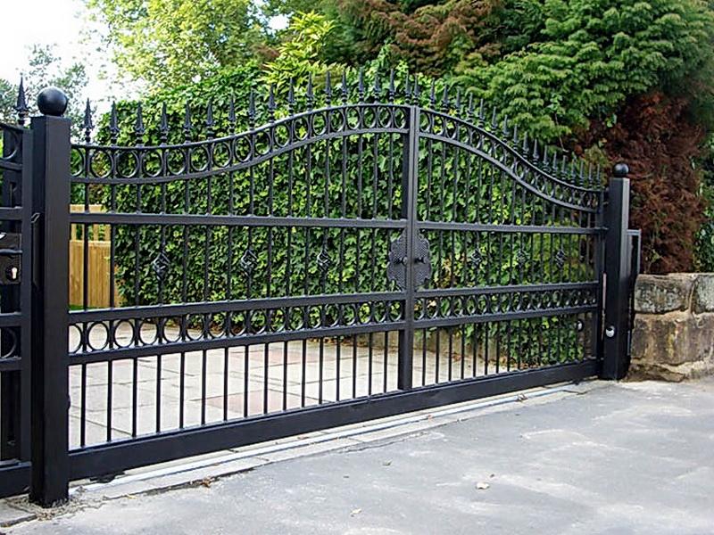 Кованые откатные ворота N 1-1023