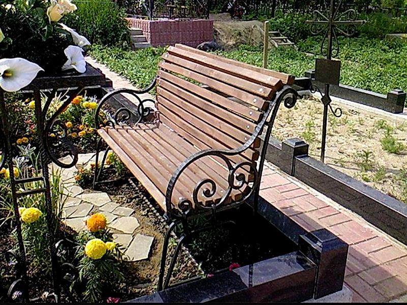 Кованая скамейка N 10946