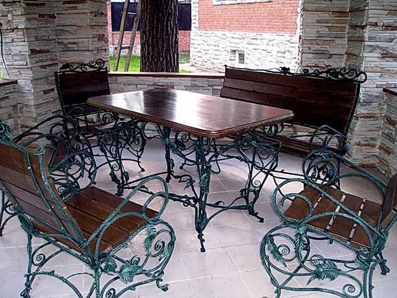 Кованый стол N 10806
