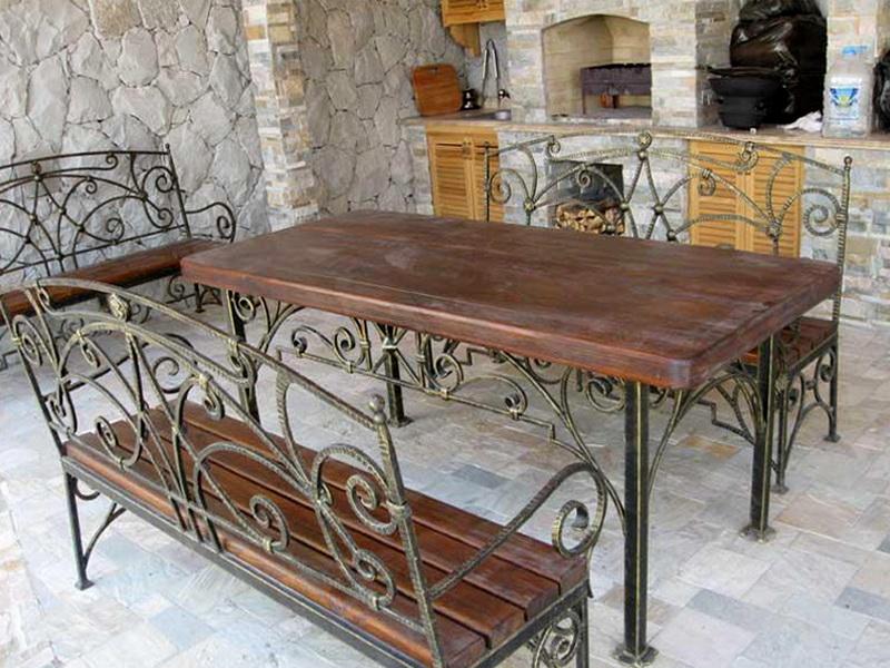 Кованый стол N 10807