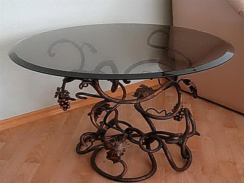 Кованый стол N 10813