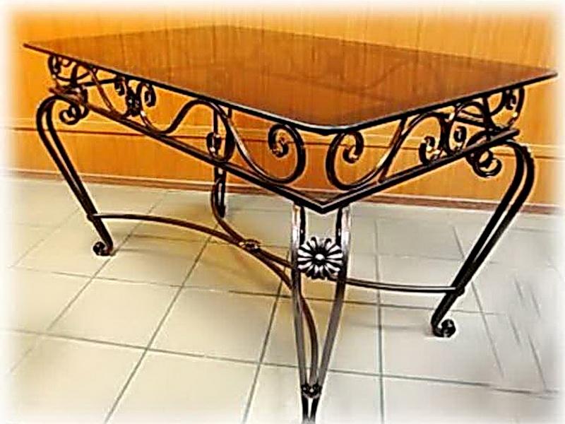 Кованый стол N 10817