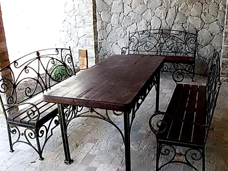 Кованый стол N 10827