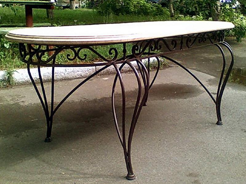 Кованый стол N 10846