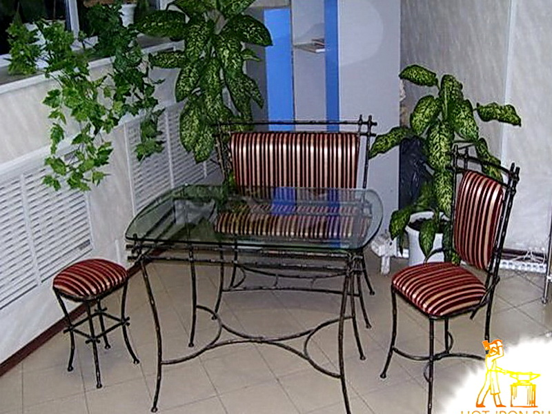 Кованые стулья N 10729