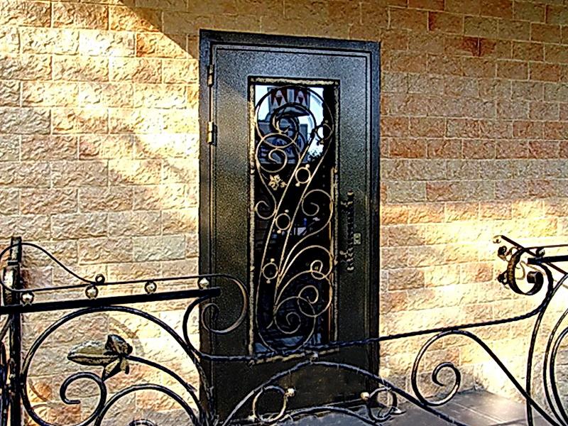 Кованая входная дверь N 2019