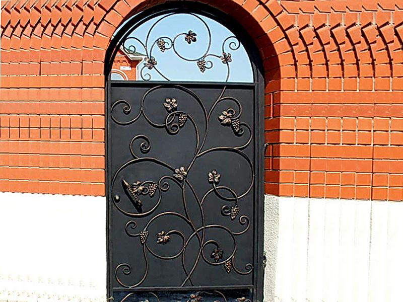 Кованая входная дверь N 2023