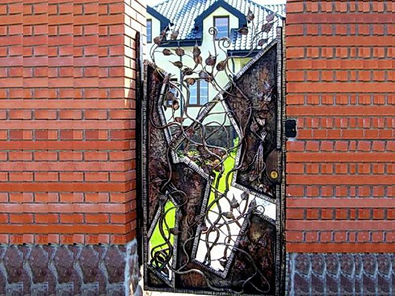 Кованая входная дверь N 2033