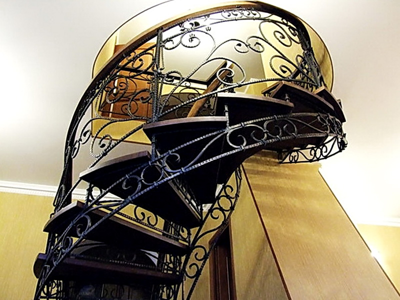 Кованые винтовые лестницы N 3-3508